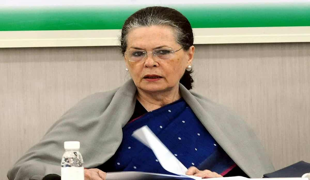 CWC Meet : Sonia Gandhi to Continue As Interim President