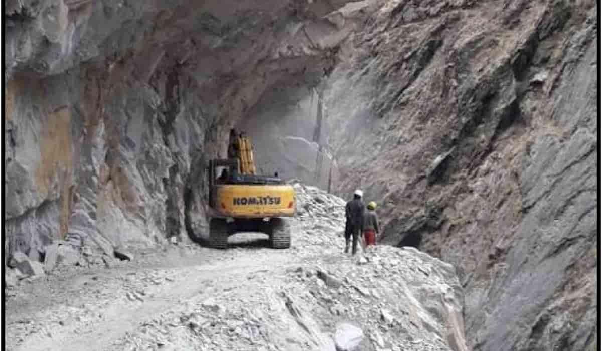 nepal road construction