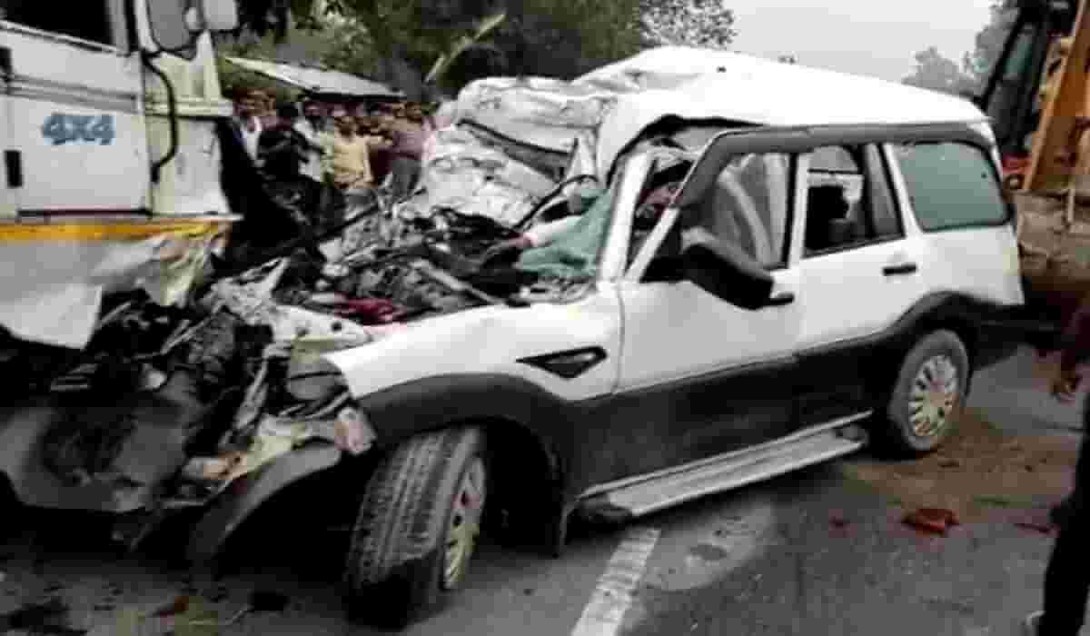 Pratapgarh Truck Accident