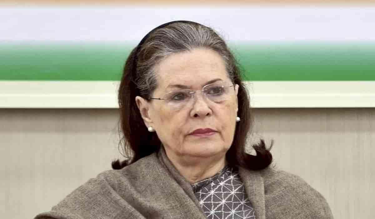 Sonia Gandhi Resigns as Interim Congress President