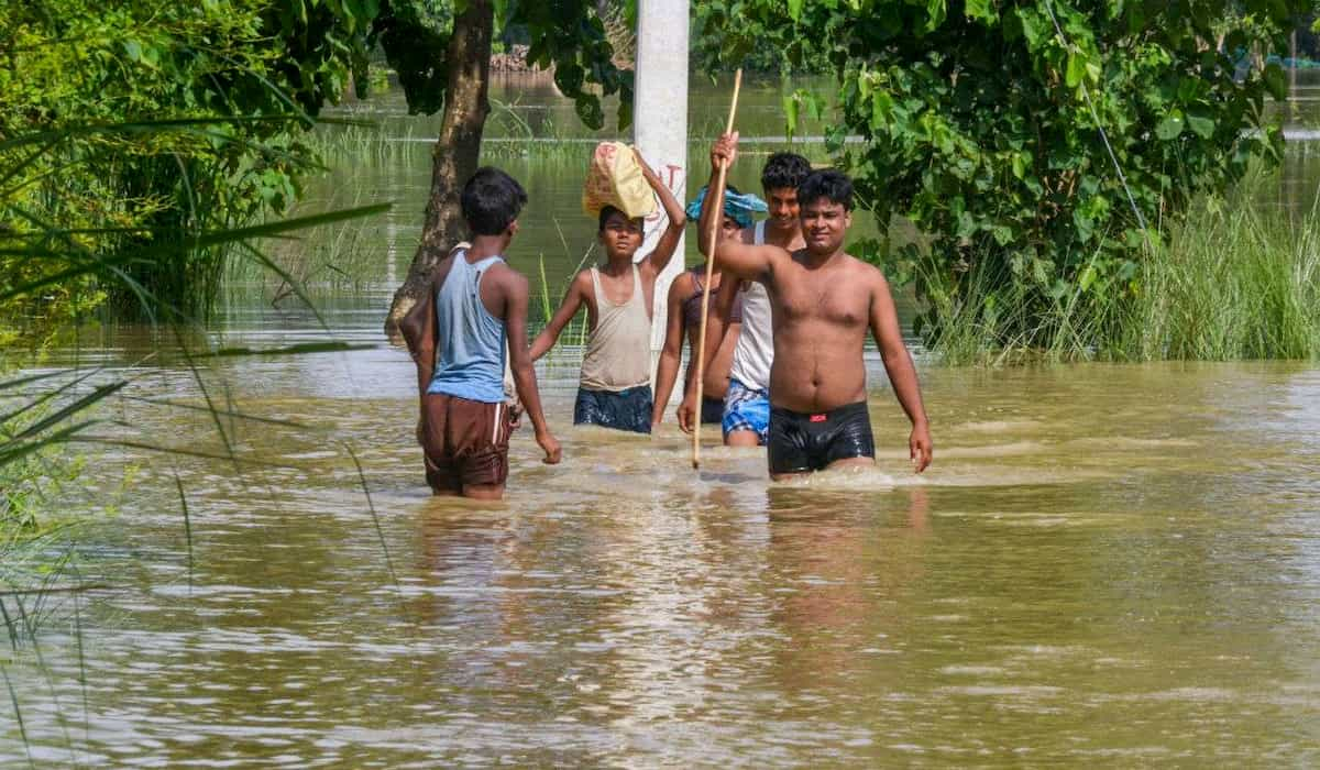 EU Announces help for flood in India and Nepal