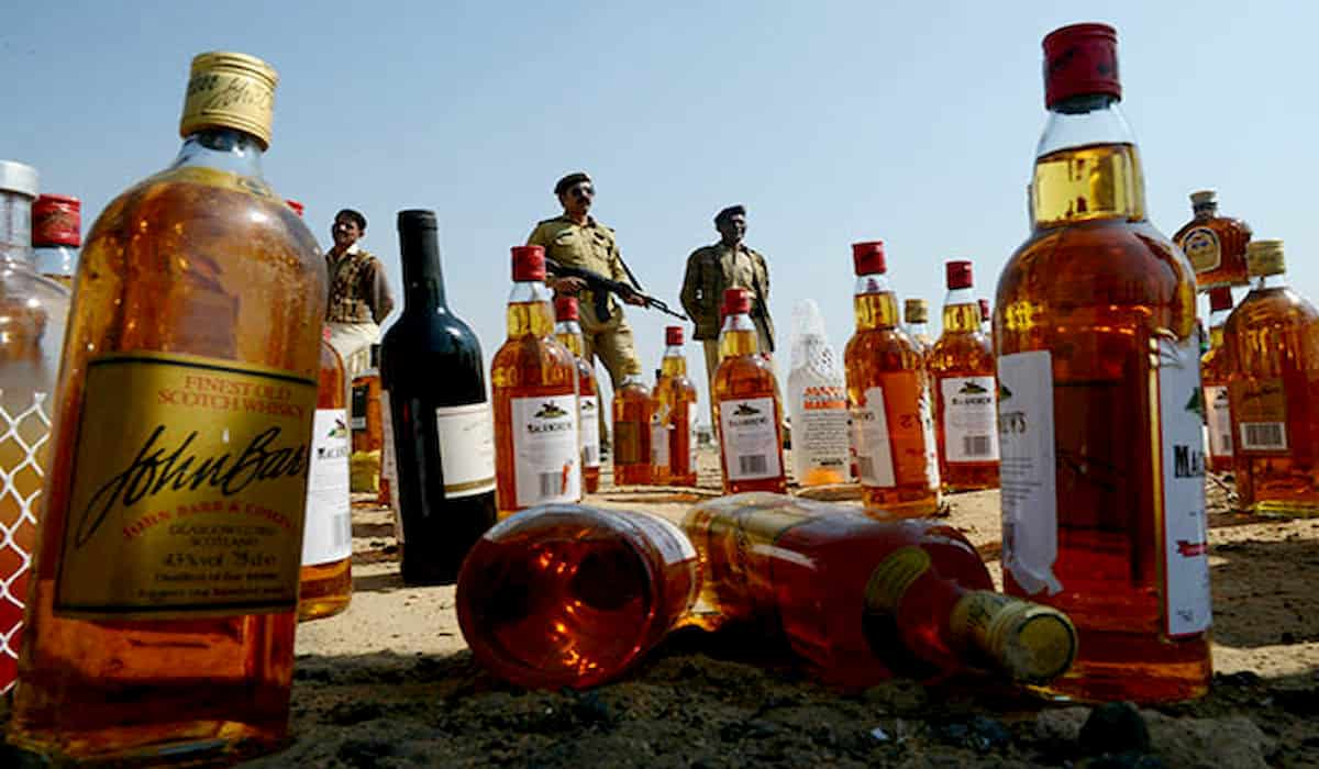 12 died of poisonous liquor in Punjab