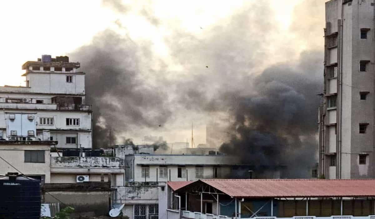 kolkata polak street fire