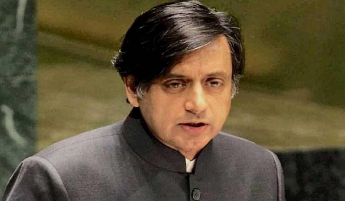 Shashi Tharoor Facebook Case