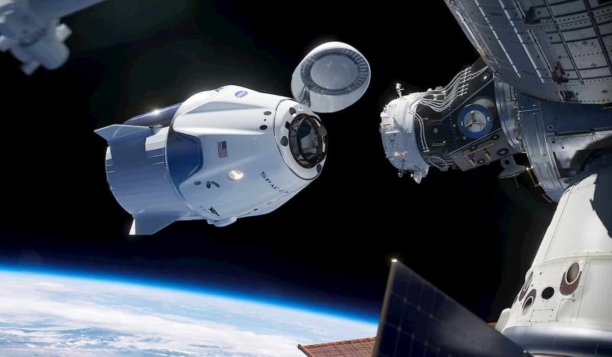 NASA SpaceX starts return journey to earth