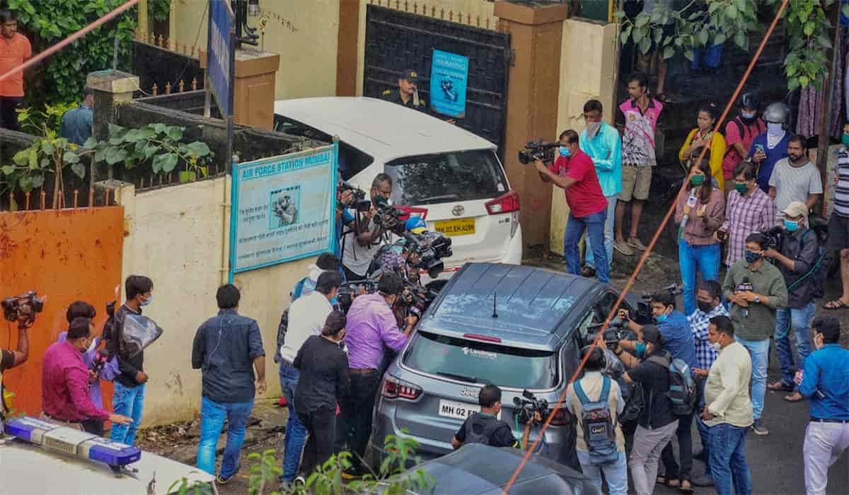 NCB Raids Rhea Chakraborthy's Residence