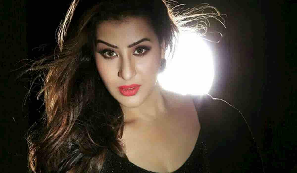 Shilpa Shinde Shares Whatsapp Chat