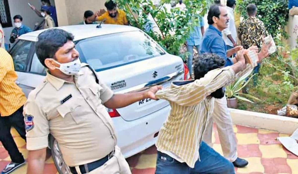 Cash Siezed from BJP Candidate in Telangana