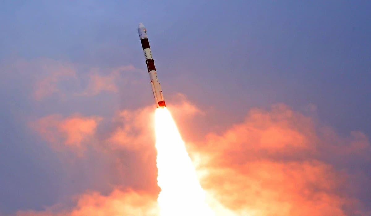 ISRO Launches 10 satellites