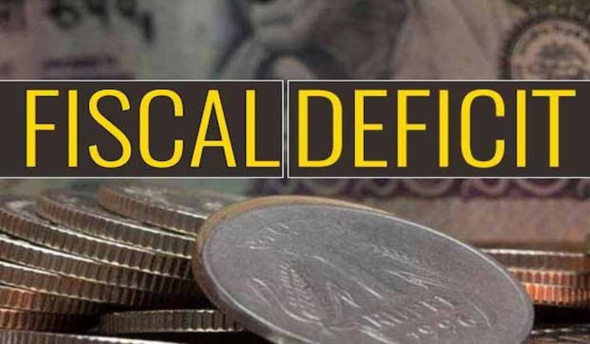 Fiscal Deficit to be around 7% of GDP