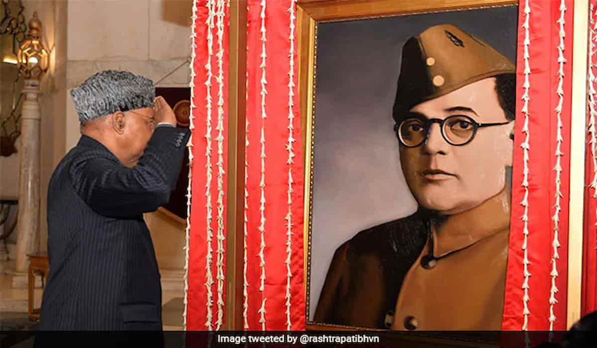 President Unviels Portrait of Actor Instead of Netaji